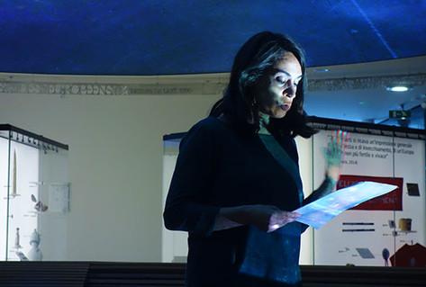 Raquel Martínez-Gómez speaking on 6th floor