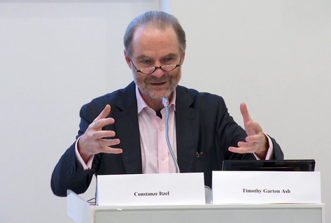 Timothy Garton Ash - conference podium speaking
