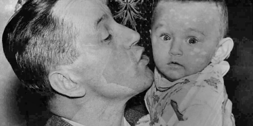 Kazimierz Moczarski with baby
